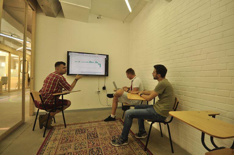 Как «заработать» миллион подписчиков сайта: история стартапа Gravitec.net-3