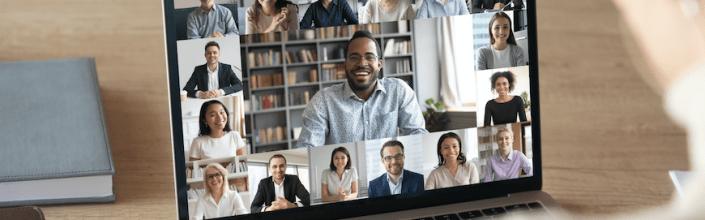 Совещания с детьми, музеи и учеба в телефоне, встречи с друзьями онлайн: как нас изменил 2020-й