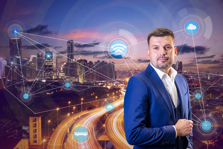 Як містам стати «розумними»: керівник напрямку B2G в Київстар Павло Прохоренко про доступні технології   Kyivstar Business Hub зображення №1